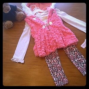 Little Lass 3 piece outfit nwt